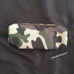DARLING Bags - GREEN CAMOUFLAGE PRINT CANVAS CASE